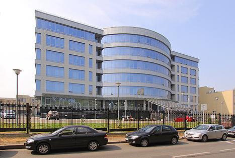 """По бизнес-плану в 2010 г. построен построен бизнес-центр """"Калибр"""""""