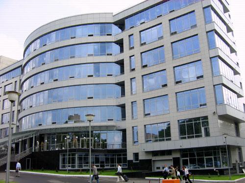 по бизнес-плану построен бизнес-центр Калибр в Москве